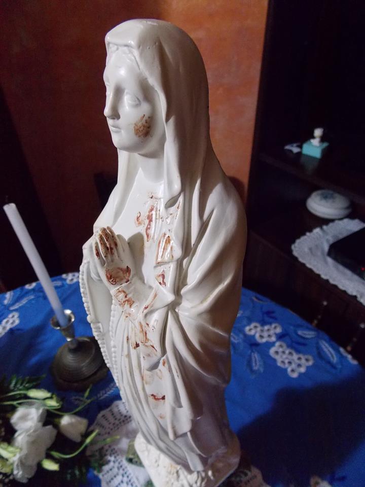 Piazza Armerina madonna trasuda sangue in via montalto