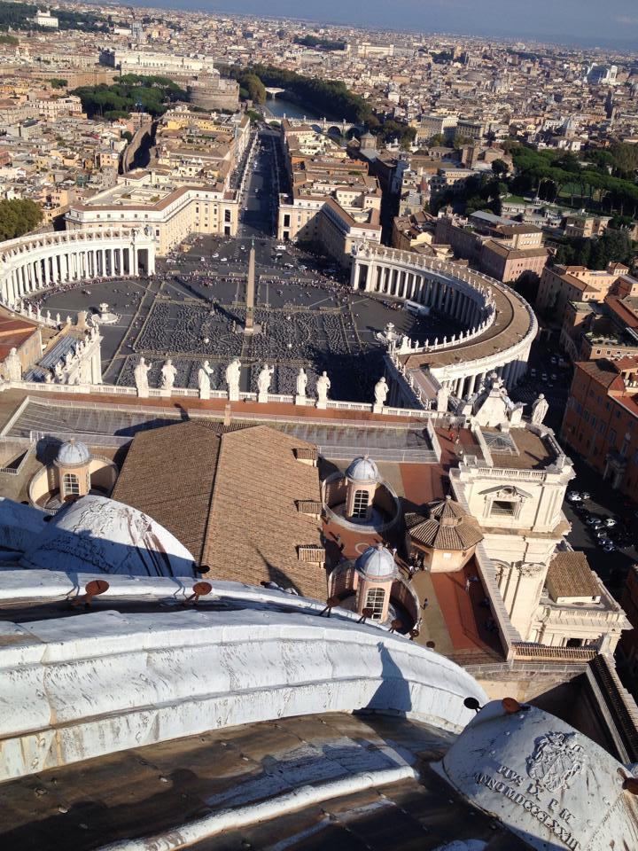 Papa rinuncia a Castelgandolfo Roma